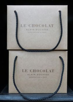 Packaging Manufacture Alain Ducasse Paris © Tristane de la Presle
